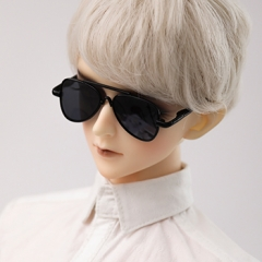 1/3 Youth black frame grey sun glasses