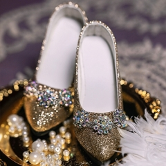 1/3 Girl vintage jeweled gold glitter high heel court